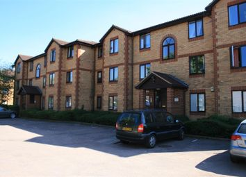 Thumbnail 2 bedroom flat to rent in Kinnaird Close, Slough