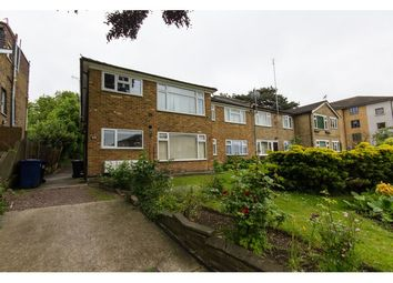 Thumbnail 2 bed flat to rent in Holden Road, North Finchley, London
