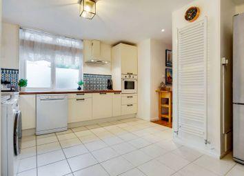Victoria Rise, Clapham North, London SW4. 3 bed maisonette for sale