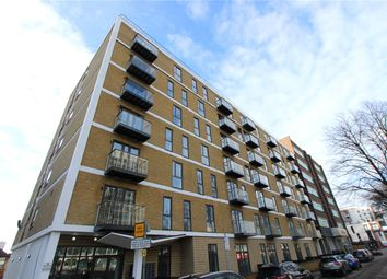 1 bed flat for sale in The Avenue, Victoria Avenue, Southend On Sea, Essex SS2