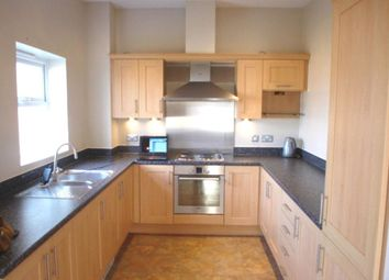 Thumbnail 3 bed flat to rent in Liverymen Walk, Greenhithe