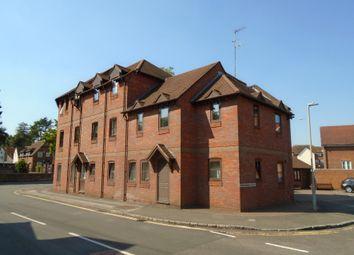 7 Town Bridge Court, Chesham, Buckinghamshire HP5. 2 bed flat