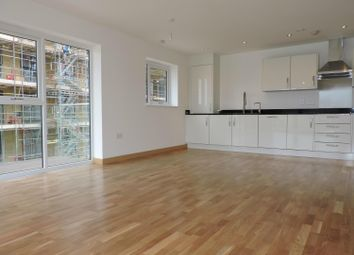 Thumbnail 3 bed flat to rent in Central Road, Dartford