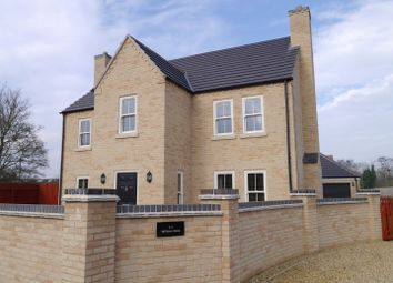 Thumbnail 4 bed detached house for sale in Willow Close, Watlington