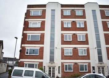 2 bed flat to rent in Vernon Court, Portsmouth PO2