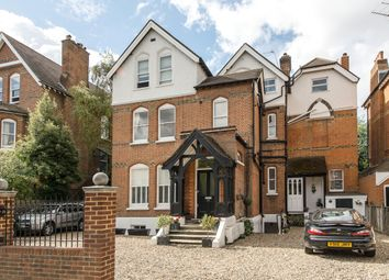 3 bed flat for sale in Lingfield Road, Wimbledon Village SW19
