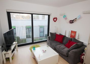 Thumbnail 1 bed flat to rent in Vale Road, Portslade, Brighton