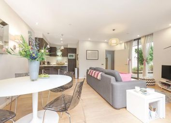 Thumbnail 2 bed mews house for sale in Clapham Court Terrace, Kings Avenue, London