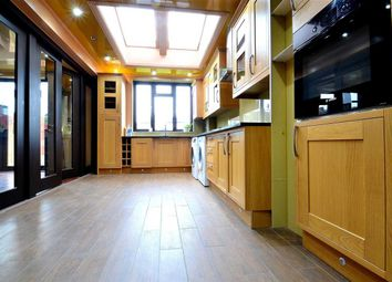 Thumbnail 6 bed terraced house to rent in Dunspring Lane, Clayhall, Ilford