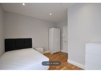 Room to rent in Crescent Road, London SE18