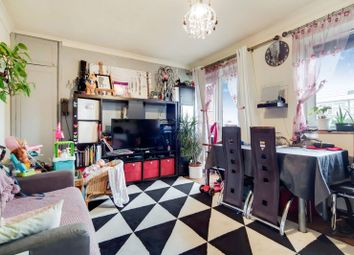 2 bed maisonette for sale in St Saviours Estate, Bermondsey, London SE1
