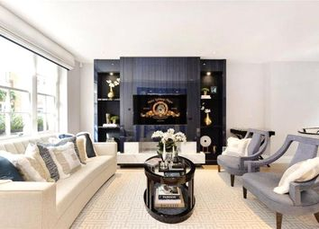 Thumbnail 4 bed mews house to rent in Clabon Mews, Sloane Square, London