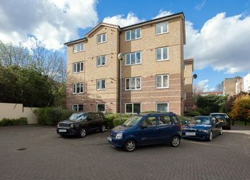 Thumbnail 1 bed flat for sale in Kings Court, Caledonian Road