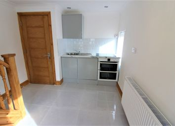 2 bed maisonette to rent in Easebourne Rd, Becontree RM8