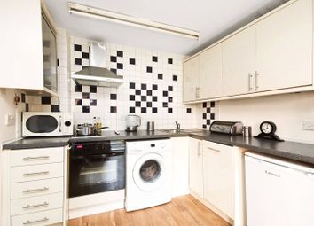 Thumbnail 1 bed flat to rent in Vale Royal House, 36 Newport Court, London
