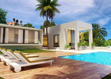Thumbnail 4 bed villa for sale in Fuengirola, Málaga, Spain
