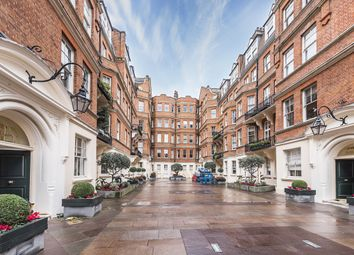 Thumbnail 4 bedroom flat to rent in Royal Hospital Road, London