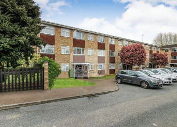 Thumbnail 2 bedroom flat for sale in Malzeard Road, Luton