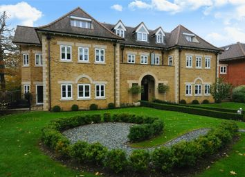 Thumbnail 3 bed flat for sale in Amara Lodge, 371 Cockfosters Road, Hadley Wood