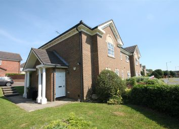 Thumbnail Property for sale in Skelton Close, Luton