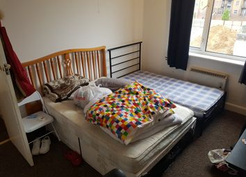 Thumbnail 3 bed flat to rent in Union Street, Luton