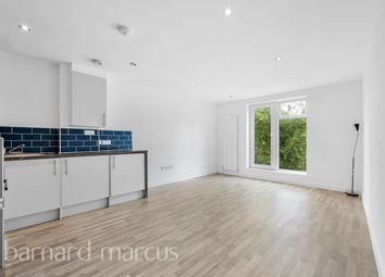 Thumbnail 2 bed flat to rent in Foxley Lane, Purley