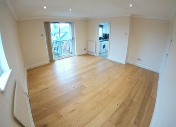 2 bed flat to rent in Hedingham Mews, All Saints Avenue, Maidenhead SL6