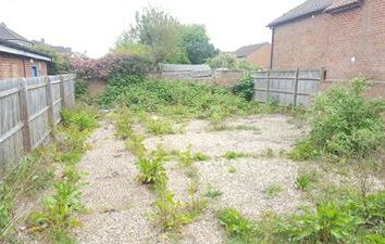 Thumbnail Land to let in Yard, 73A Northfield Road, Thatcham