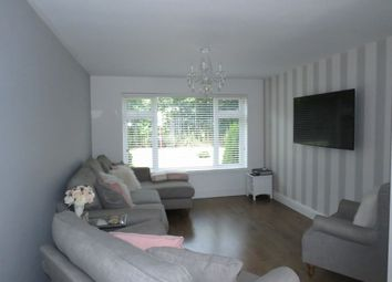3 bed terraced house to rent in Dorset Avenue, Great Baddow, Chelmsford CM2