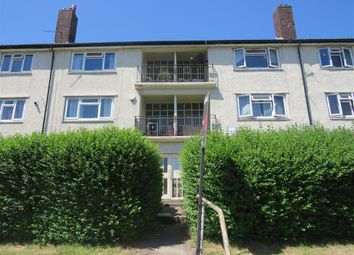 Thumbnail 2 bed flat for sale in Lingfield Approach, Leeds