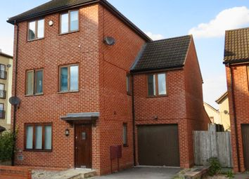 Thumbnail 5 bed detached house for sale in Oakworth Avenue, Broughton, Milton Keynes