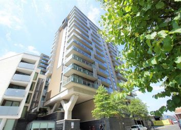 2 bed flat to rent in Spectrum, Blackfriars Road, Salford M3