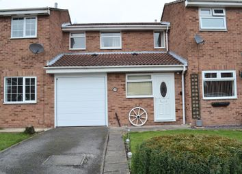 Thumbnail 2 bed town house for sale in Rosecroft Gardens, Swadlincote