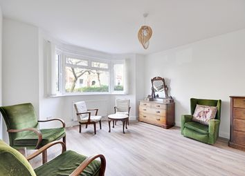 Thumbnail 3 bedroom terraced house to rent in Avenue Crescent, Acton