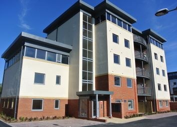 Thumbnail 2 bed flat to rent in Junction Road, Andover