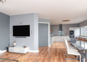 Thumbnail 3 bedroom flat for sale in Queen Street, Cardiff