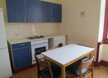 Thumbnail 4 bed flat to rent in Reform Street, City Centre