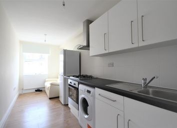 Thumbnail 3 bedroom flat to rent in Blackstock Road, Finsbury Park, London