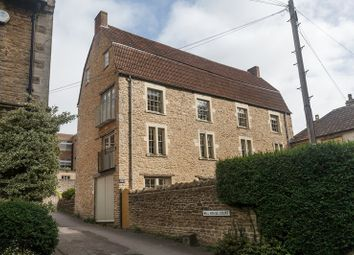 Thumbnail 2 bedroom flat for sale in Willow Vale, Frome