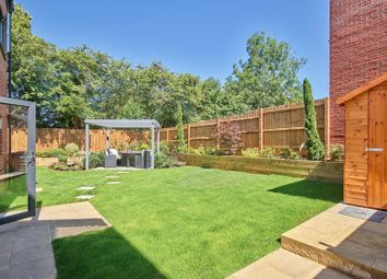 Thumbnail 2 bed flat for sale in Shenley Road, Borehamwood