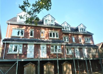 Thumbnail 2 bed flat to rent in Park Mews, Park Gate, Southampton