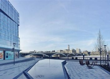 Thumbnail 2 bed flat to rent in Kirtling St, London