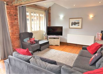 Thumbnail 4 bed terraced house for sale in Enholmes Lane, Patrington