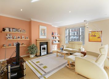 Thumbnail 2 bedroom mews house for sale in Harley Place, Marylebone Village, London