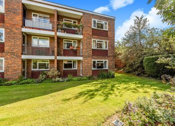 Thumbnail 1 bed property to rent in Clovelly Court, Alexandra Road, Epsom