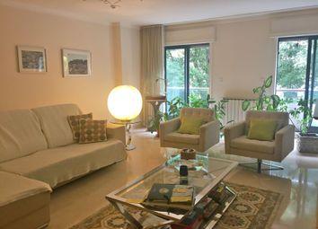 Thumbnail 4 bed apartment for sale in Lisboa, Avenidas Novas, Lisboa