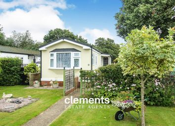 Thumbnail 1 bed mobile/park home for sale in Shaftesbury Way, Kings Langley
