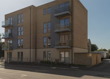 Thumbnail 2 bed flat for sale in Holly Acre, Dunstable, Bedfordshire