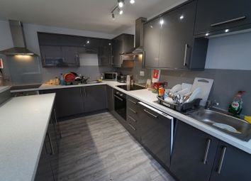 Thumbnail 8 bed flat to rent in Middle Street, Beeston, Nottingham