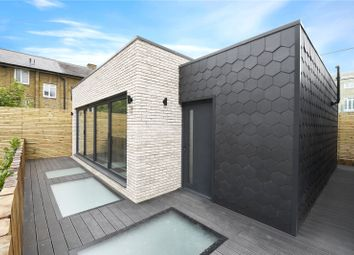 3 bed detached house to rent in Heckford House, 65 Grundy Street, London E14
